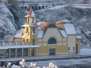 Casino Granville neige gros plan